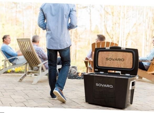 Holiday Gift Idea: Sovaro Hard-Sided Cooler